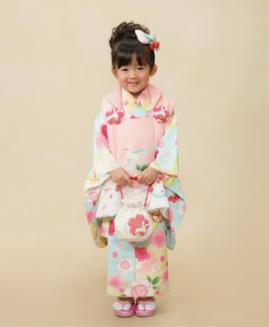 3歳女の子用ピンクと水色の被布